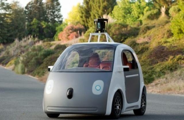 10. Google-мобиль. Самый настоящий робомобиль, правда без зеркал, тормозов и руля.