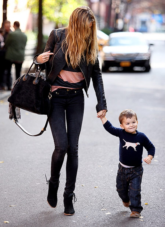 И хотя для модельной карьеры Бенджамин и Вивиан Лейк еще слишком малы, Интернет от них явно в восторге.