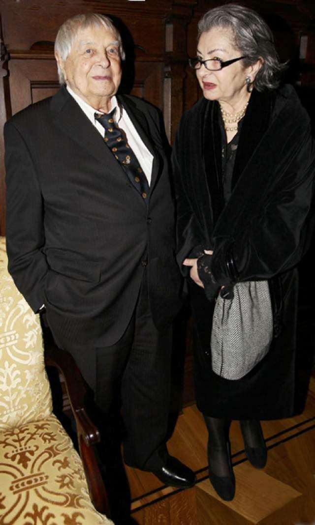 Свадьба состоялась в Венгрии, а в 62 года Юрий Петрович стал отцом сына Петра.