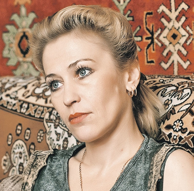 Повзрослев Светлана работала официантом, продавцом, секретарем. Сейчас живет в Москве с дочерью Лизой не афишируя свое актерское прошлое.