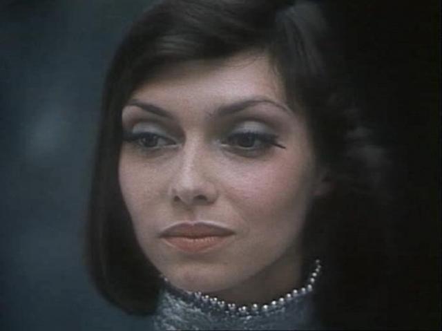 Елена Метелкина (Полина, девушка из будущего). Елена стала заложницей своего образа инопланетянки в кино. Такой типаж не пользовался популярностью в СССР.