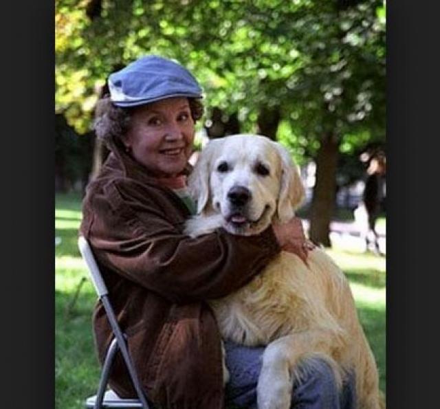 Скончалась актриса в одной из московских клиник 8 апреля 2008 года в 21:40, в возрасте 77 лет.