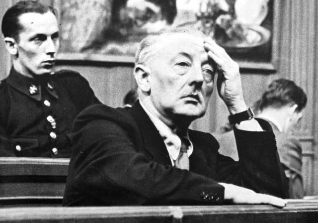 В ноябре 1947 года Ван Меегерен был осужден за подделку произведений искусства и был приговорен к одному году тюремного заключения. В тюрьме он просил у тюремного начальства разрешение работать и ему были предоставлены карандаши и бумага, однако ни одной картины Ван Меегерен более не нарисовал — месяц спустя, в возрасте 58 лет, он скончался от сердечного приступа.