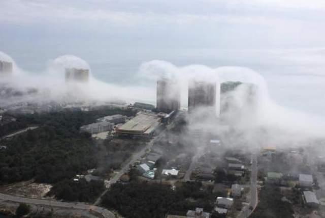 Уверены мы можем быть только в том, что это необычные облака наделали много шума в мировой общественности.
