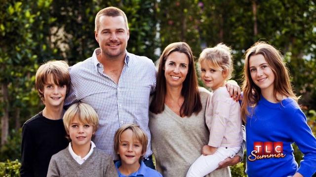 Влюбленные поженились в 1996 году, после чего у них родилось три сына и две дочери.