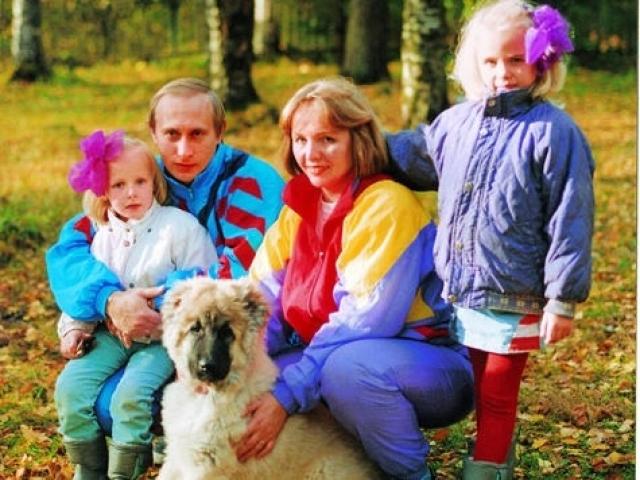 Дочери Путина Катя и Маша учились в колледжах под вымышленными именами, детство их прошло в ГДР.