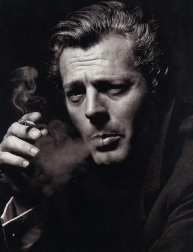Марчелло Мастроянни. 1924-1996.Родом из Италии. Лауреат самых значимых итальянских, европейских и мировых кинопремий.