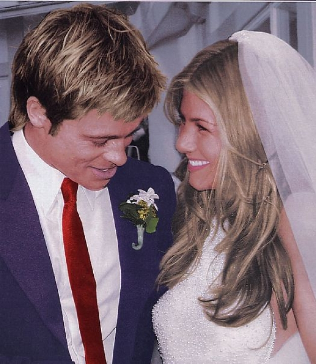 """Дженнифер Энистон. С Брэдом Питтом актриса встретилась на вечеринке. """"Неприметная"""", по мнению окружающих, Дженнифер буквально очаровала красавца. В 2000 году они поженились."""