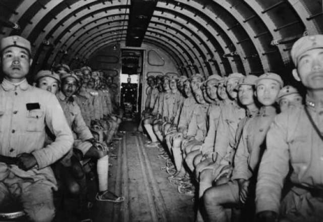 Также не было обнаружено никаких следов недавней битвы, что хоть как-то могло обьяснить, куда делить три тысячи китайских солдат.