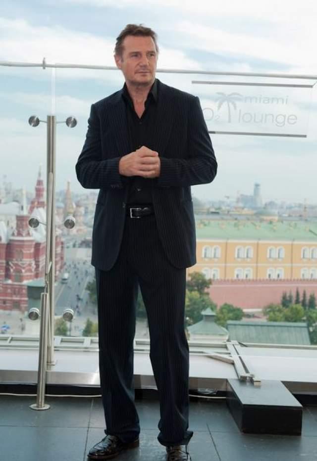 """""""...Я встречался с женой своего героя, его родственниками, слушал истории о том, каким он был человеком. А потом мы снимали в России около двух недель - в Москве и Санкт-Петербурге. Это было потрясающе""""."""