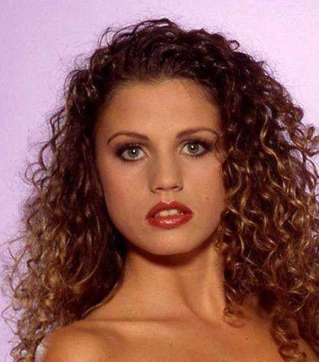 Кэти Прайс, 1996
