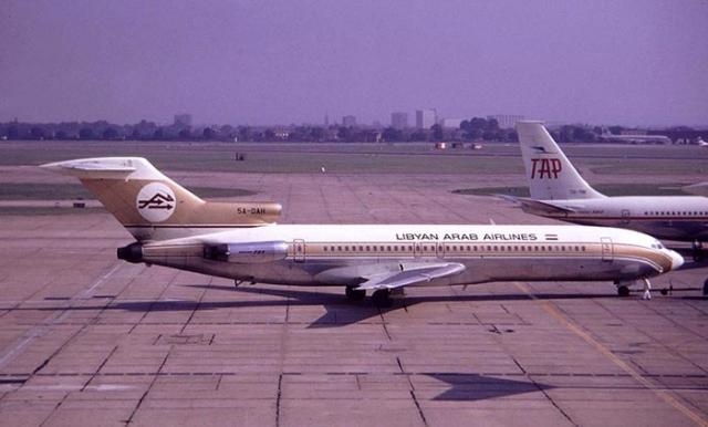 Boeing 727, авиакомпания Lybian Arab Airlines. Катастрофа произошла 21 февраля 1973 года над в то время израильским городом Исмаилия (в настоящий момент город находится на территории Египта). Боинг ливийской авиакомпании выполнял рейс из Триполи в Бахрейн с посадками в Каире и Александрии.