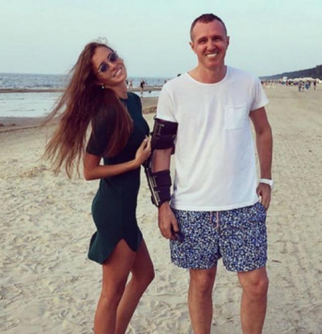 Игорь Верник. Разница в возрасте между актером и его подругой-моделью Дарьей Розовой составляет 22 года.