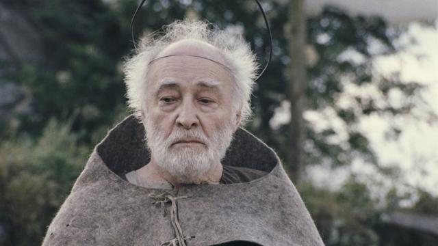 """Последним появлением Тихонова на экране стала роль Бога в фильме Эльдара Рязанова """"Андерсен. Жизнь без любви"""" (2006)."""