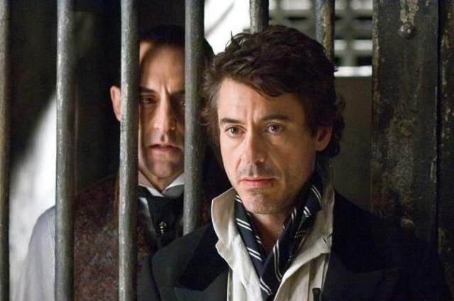 """В 2008-м актер органично срастается с образом """"Железного человека"""" и легендарного сыщика в новой интерпретации Шерлока Холмса от Гая Ричи."""