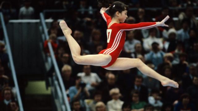 В 1982 году завоевала три золотых, одну серебряную и одну бронзовую медали кубка мира. В 1983 году вновь стала чемпионкой мира, а также завоевала три золотые медали чемпионата Европы. В 1984 году из-за бойкота не смогла принять участие в Олимпиаде.