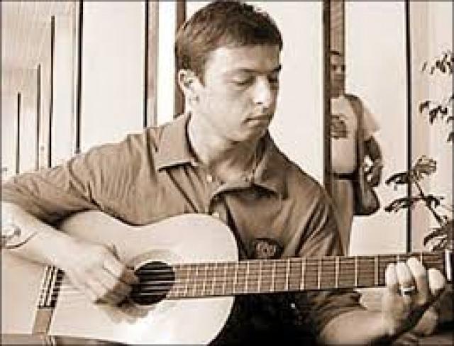 """И даже выпустил альбом """"серенад"""" - признаний в любви к Кабаевой."""
