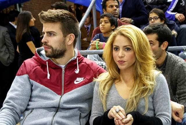 """Жерар Пике, 31 год. Жена - Шакира, 41 год. Разница - 10 лет. Испанский футболист, центральный защитник футбольного клуба """"Барселона"""" и национальной сборной Испании родился в один день со своей возлюбленной - 2 февраля. Они считают, что это знак судьбы."""