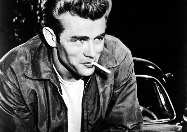 Однако полученные таким образом связи, талант и обучение в Актерской студии под руководством Ли Страсберга в Нью-Йорке сделали свое дело: ему хватило всего двух фильмов, чтобы стать настоящей звездой.