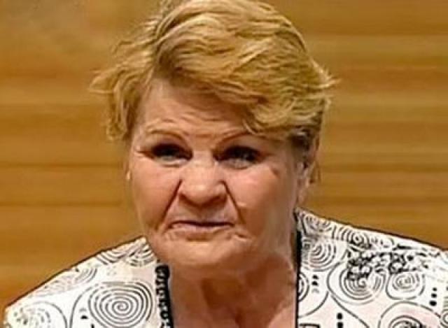 Пенсионерка страдающая сердечным заболеванием, рассказала, что она помнит, как упала в обморок в больничной палате, а очнулась от холода в морозильной камере морга.