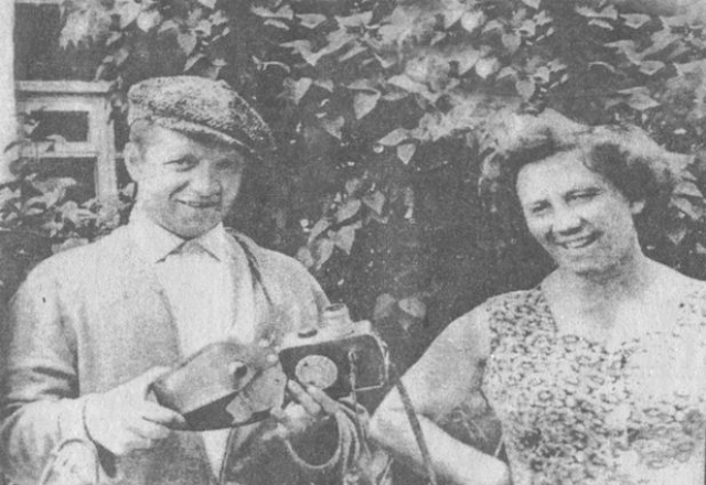 """Актер был вынужден зарабатывать на жизнь частным извозом на """"Москвиче"""", купленном в годы былой популярности."""