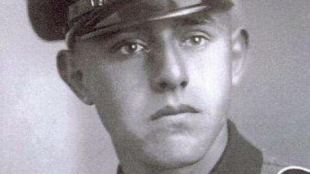 Герхард Зоммер. Бывший унтерштурмфюрер СС танковой гренадерской дивизии рейхсфюрера СС признан виновным в соучастии в убийстве 560 жителей итальянской деревни Санта Анна ди Стаццема.
