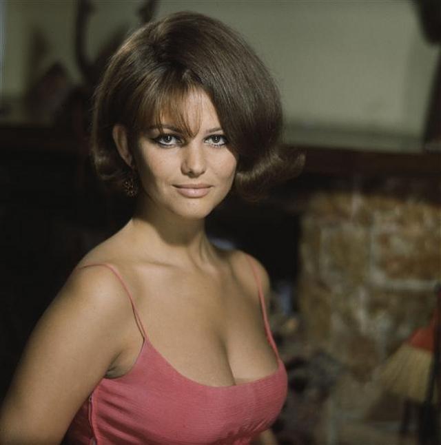 Как и большинство европейских секс-символов 1960-х, в 1970-е и 1980-е годы Кардинале переходит на психологические роли в фильмах.