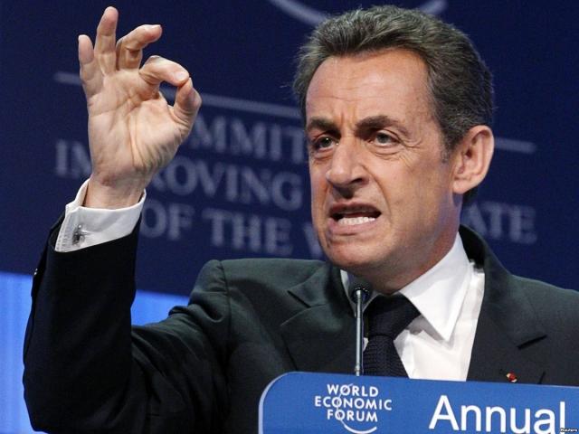 """В беседе на тему о членстве Палестины в ООН и ЮНЕСКО Николя Саркози назвал Нетаньяху лжецом и признался, что терпеть его не может. Ответ Барака Обамы, в интерпретации переводчика, был примерно такого содержания: """"Ты сыт им по горло, а вот мне приходится иметь с ним дело каждый день""""."""