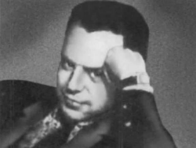 При непонятных обстоятельствах в 1938 году умер его старший сын Лев Седов, бывший самым ближайшим сподвижником Троцкого.