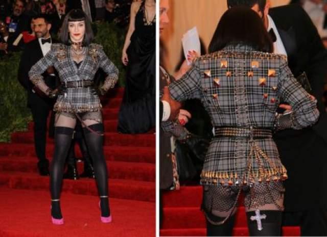 Мадонне не чуждо в своем возрасте демонстрировать свое подтянутое тело, но не пора ли остановиться?
