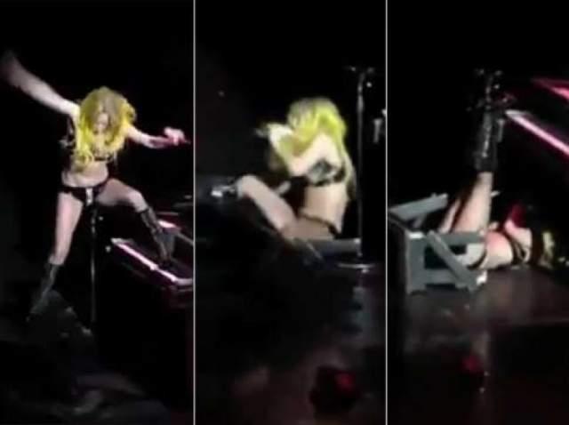 Профессионализму певицы можно только позавидовать, потому как при этом она продолжала петь!