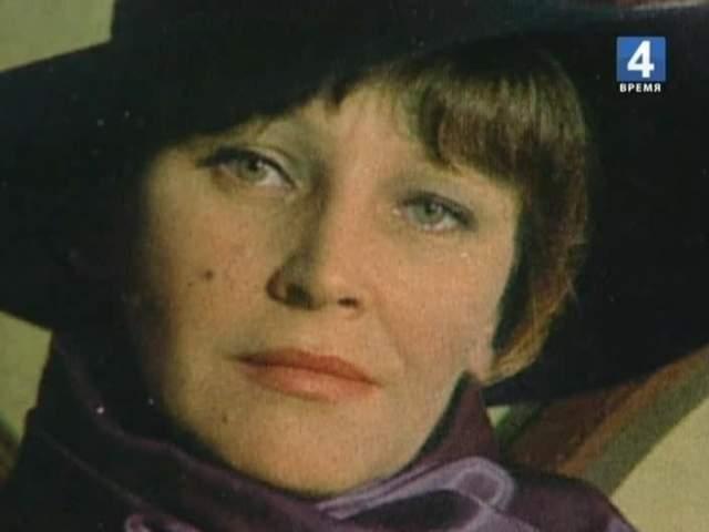 """Эльза настолько стала ассоциироваться с этим образом, что после """"Знатоков"""" ее почти перестали приглашать на другие роли. В 1989 году снималась последняя серия сериала, в это время у Леждей уже начались проблемы со здоровьем, поэтому она появилась лишь в небольшом эпизоде."""