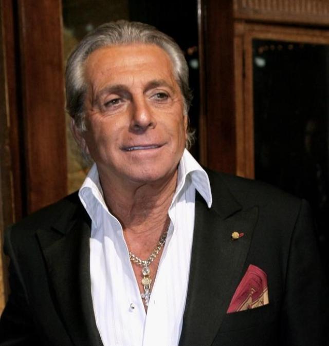 Им стал актер Джанни Руссо, связанный с мафиозной семьей Гамбино.