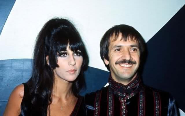Хотя они развелись в 1975 году, они оставались близкими друзьями всю жизнь, до смерти Сонни в 1998 году.
