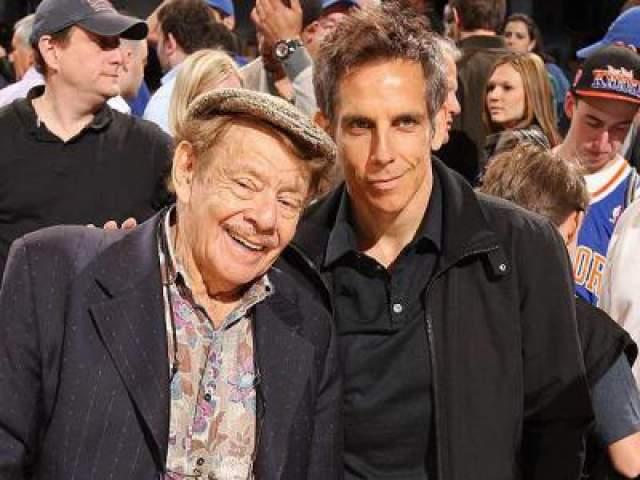 """Джерри Стиллер. Комик и актер, отец Бена Стиллера долгое время был в комедийной команде """"Стиллер и Мира"""" вместе со своей супругой - вплоть до её смерти в 2015 году."""