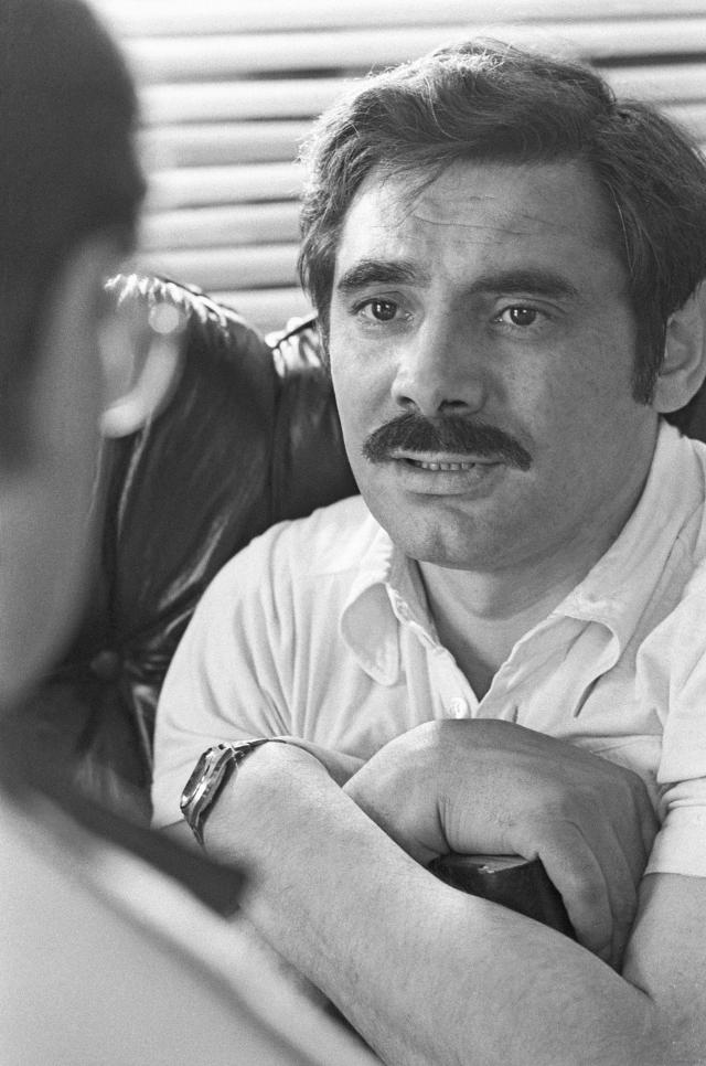 """А. Панкратов-Черный говорит: """"Жора Бурков говорил мне, что он не верит в то, что Шукшин умер своей смертью. Василий Макарович и Жора в эту ночь стояли на палубе, разговаривали, и так получилось, что после этого разговора Шукшин прожил всего пятнадцать минут. Василий Макарович ушел к себе в каюту веселым, жизнерадостным, сказал Буркову: """"Ну тебя, Жорка, к черту! Пойду попишу""""."""