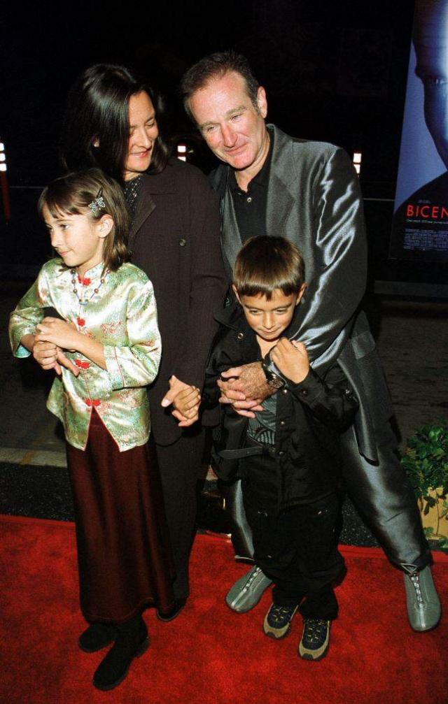 Комик развелся со своей первой женой, Валери Веларди, в 1988 году, а 30 апреля 1989 года, женился на Марше Гарсес, которая была няней их сына, Зака.