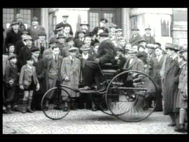 Экипаж получил название - Motorwagen.