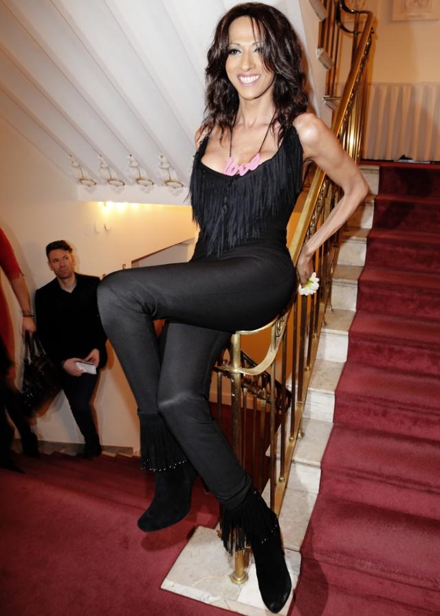 """В 1997 году Дана одержала победу в конкурсе """"Евровидение"""" и стала международной звездой, вышла замуж и продолжает музыкальную карьеру."""