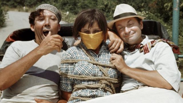 """Кульминационным моментом для троицы стала """"Кавказская пленница"""" - лидер проката в отечественном кино с 1967 года и до нынешних дней. В год выпуска фильм занял 1-е место в прокате, собрав у экранов 76,5 миллиона зрителей."""