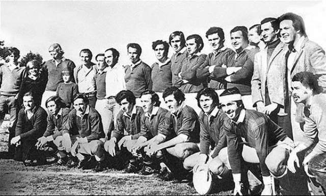 Катастрофа FH-227 в Андах, или Чудо в Андах. Это известная история об уругвайской команде по регби, самолет с которыми разбился в Андах более 40 лет назад.
