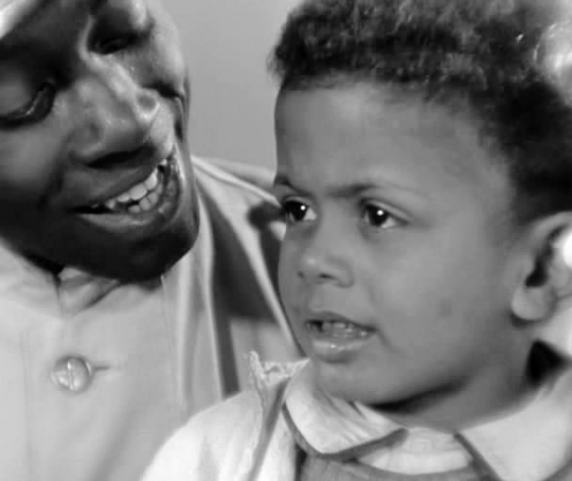 """Именно он был отцом Джима, в два года сыгравшего роль негритенка в фильме """"Цирк""""."""