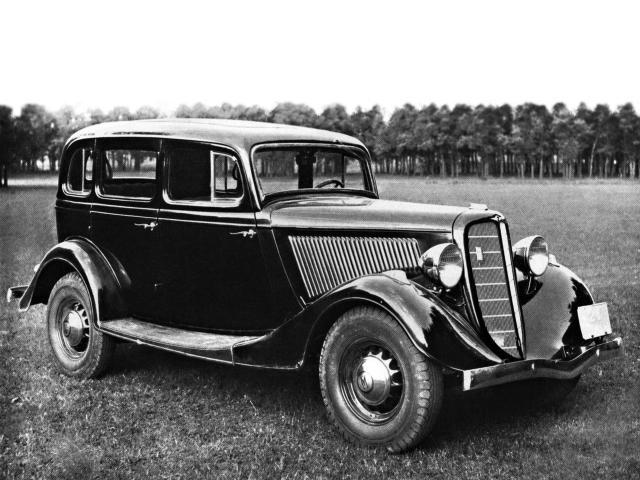 """Легковой автомобиль ГАЗ-М-1 (1936-1940) уже мог развить максимальную скорость в 100 км/ч. Выпускались модификации """"такси"""", а также """"пикапы"""" ГАЗ-415."""