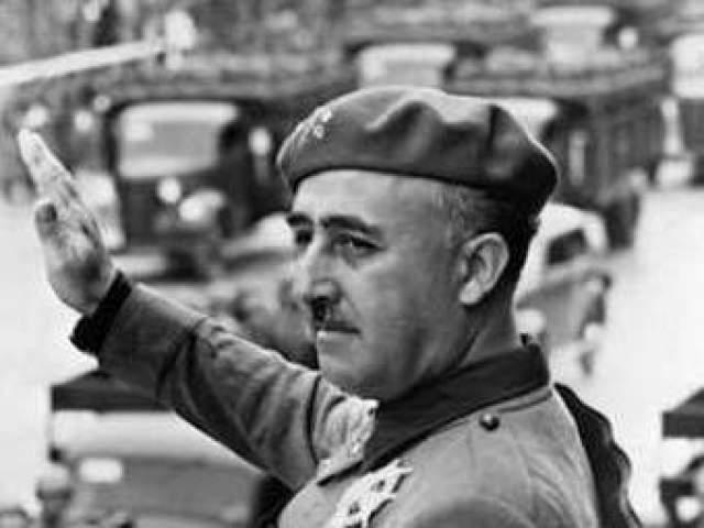 Франсиско Франко. Испанский военный и государственный деятель, один из организаторов военного переворота 1936 года, который привёл к гражданской войне между республиканцами и националистами, в последние годы жизни страдал болезнью Паркинсона.