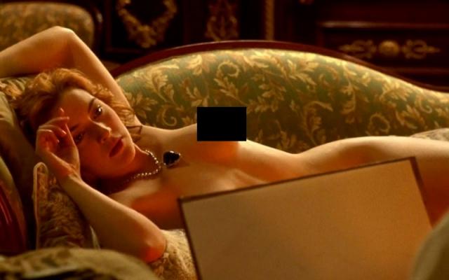 """В запомнившимся всем """"Титанике"""" героиня Уинслет позировала нагишом перед художником, героем Леонардо ДиКаприо."""