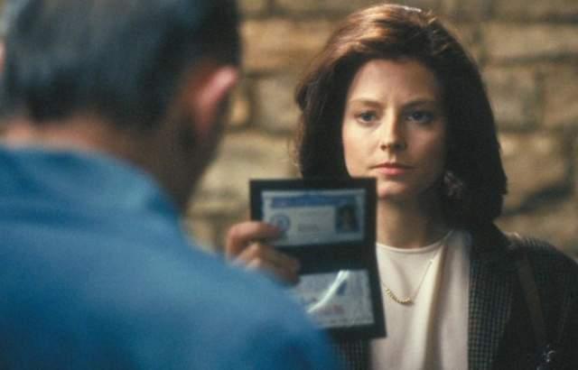 Джоди Фостер. Ставшая известной в 1991 году после роли агента ФБР Кларисы Старлинг актриса открыто заявила о своей нетрадиционной ориентации почти сразу.