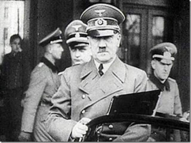 Дневники Гитлера В 1983 году немецкий журнал Stern опубликовал отрывки из рукописи, которая, по мнению редакции журнала, являлась тайным дневником Адольфа Гитлера.