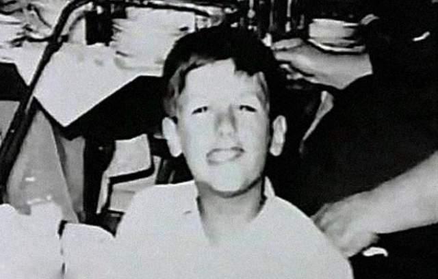 """Сильвестр Сталлоне. Знаменитый актер и режиссер — инвалид детства. У номинанта на премию """"Оскар"""" за легендарный фильм """"Рокки"""" неподвижна нижняя челюсть, и все из-за травмы, полученной при родах."""
