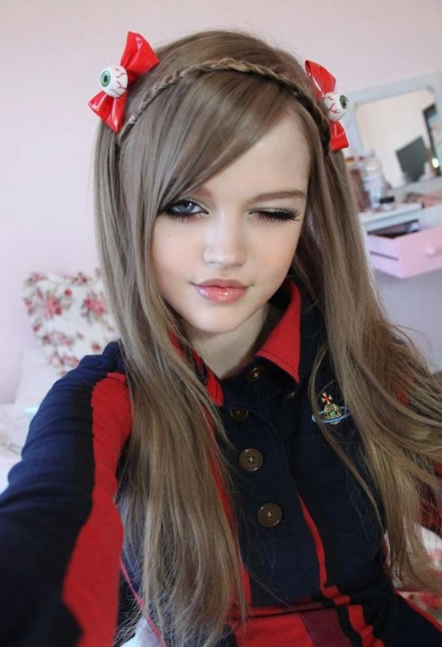 Несмотря на это, девушка получила модельный контракт в Японии.