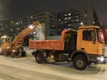 В Москве обстреляли уборочную технику во время работы